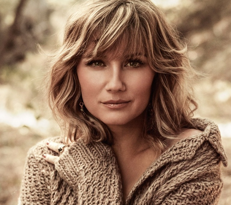 JENNIFER NETTLES WILL SHARE HER PASSION FOR JEWELRY WITH HER OWN LINE.