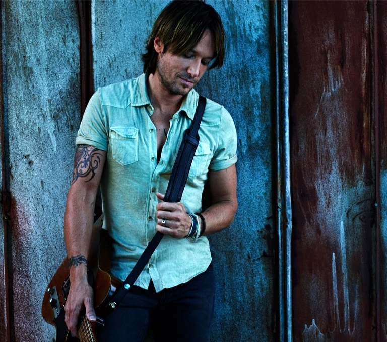 KEITH URBAN WILL TAKE OVER ROCKEFELLER PLAZA ON FRIDAY.