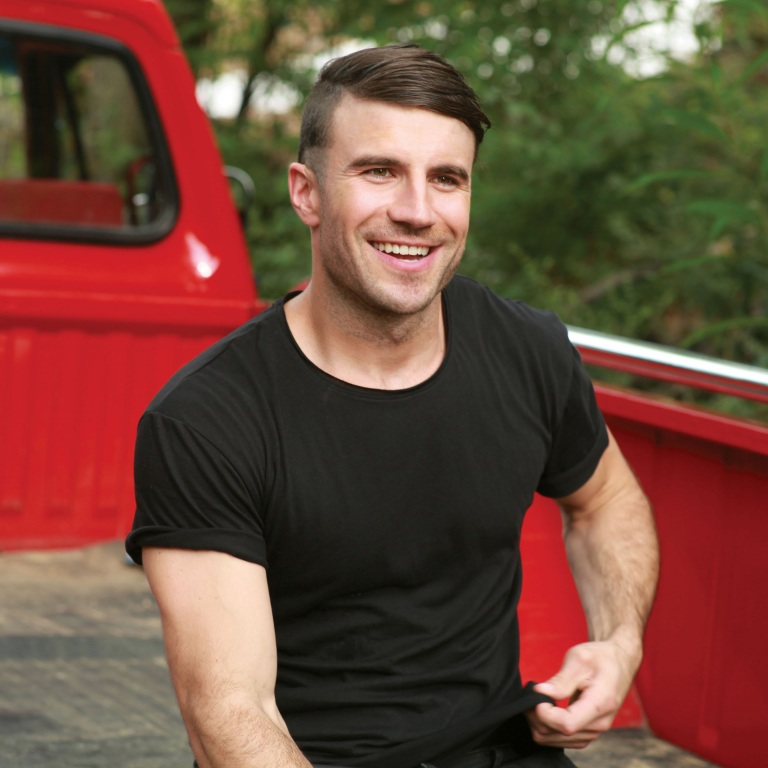 SAM HUNT'S 'MONTEVALLO' CONTINUES TO TOP THE COUNTRY ALBUM CHART.
