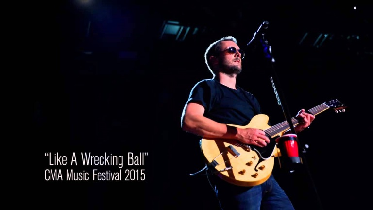 Eric Church – Like A Wrecking Ball at CMA fest 2015