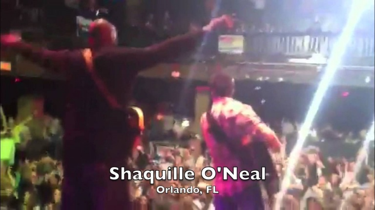 Shaquille O'Neal Makes A Surprise Appearance With Easton Corbin