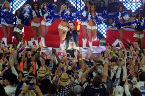 Dallas Halftime show 1774
