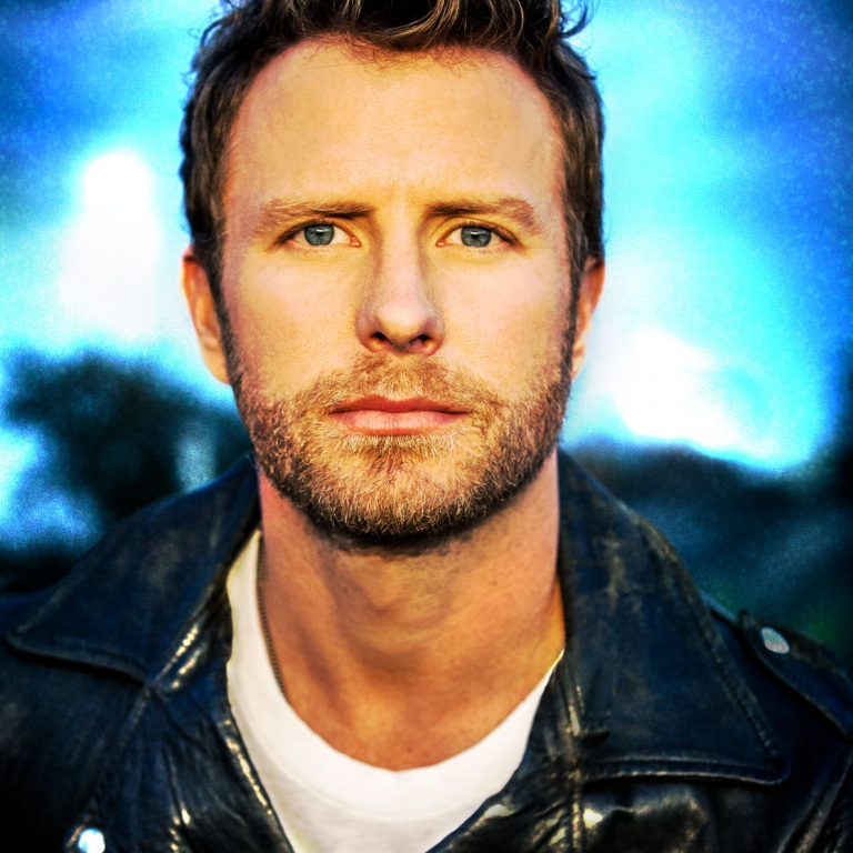 DIERKS BENTLEY PARTNERS WITH APPLE MUSIC FOR