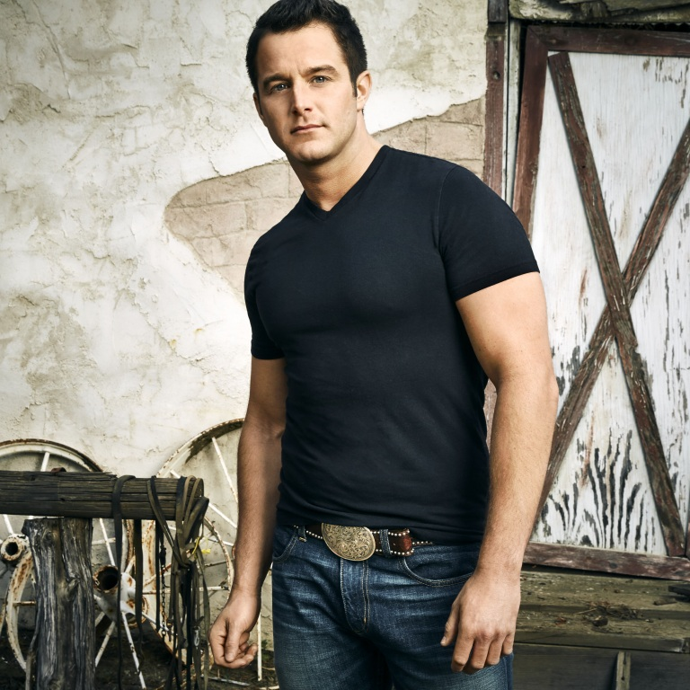 CHRISTMAS 2016: Easton Corbin