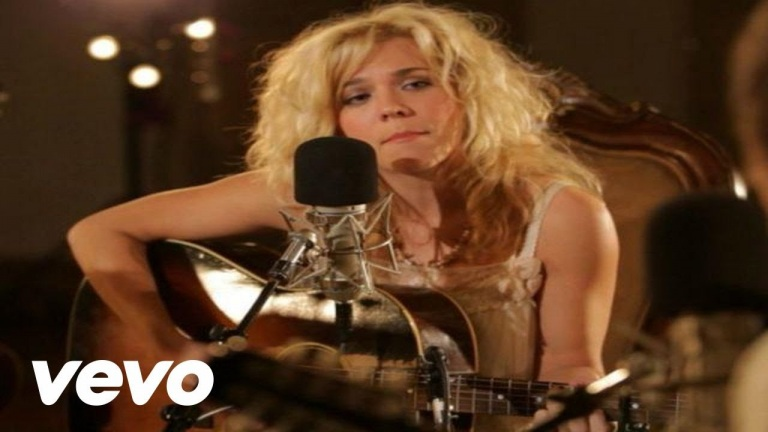 The Band Perry – Independence (Live From Oceanway Studios, Nashville 2010)