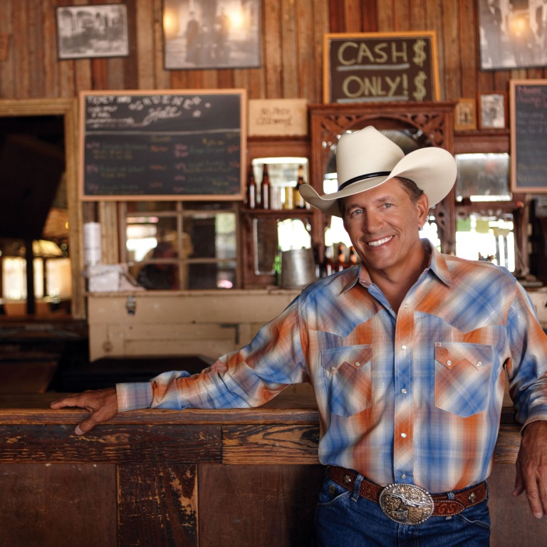 GEORGE STRAIT ACCEPTS TEXAN OF THE YEAR RECOGNITION AT TEXAS LEGISLATIVE CONFERENCE.