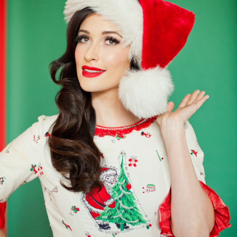 Pressroom | KACEY MUSGRAVES PUTS HER SPIN ON CHRISTMAS CLASSICS AND ...