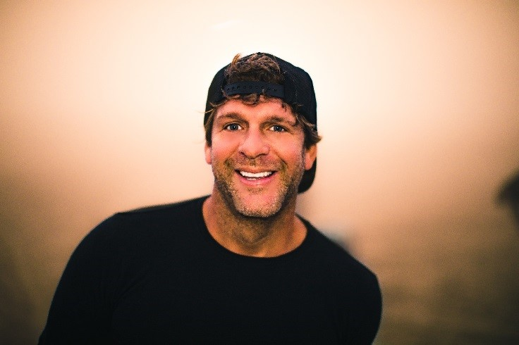 BILLY CURRINGTON AND KEITH URBAN SPLIT THE COUNTRY CHARTS.