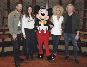 LAKE BUENA VISTA, Fla. (January 13, 2017) Five-time CMA Vocal Group of the Year winner Little Big Town and Mickey Mouse, kick off the Music In Our Schools Tour by surprising Wadsworth High School Choir during a Disney Performing Arts music workshop at Saratoga Springs Resort Performance Hall at Walt Disney World.