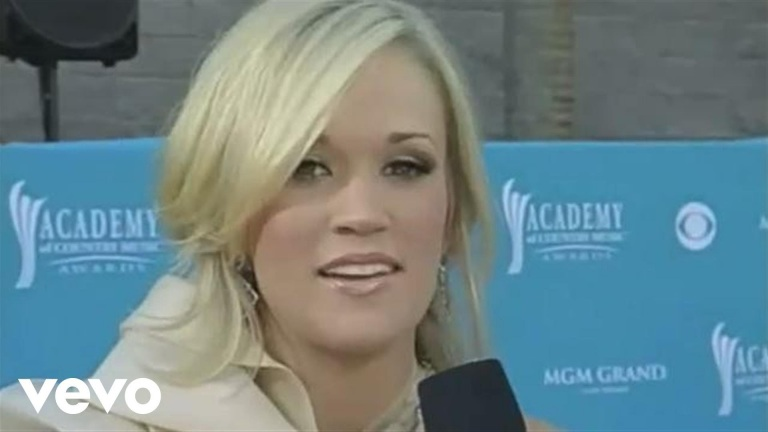 Carrie Underwood – 2010 Orange Carpet Interview (Academy of Country Music Awards)