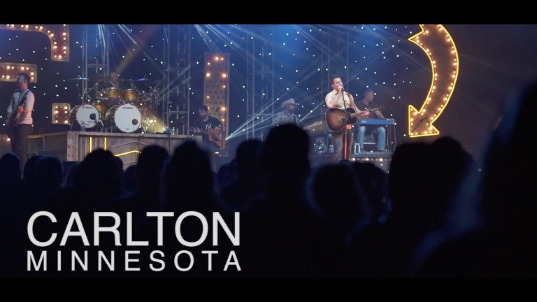 Easton Corbin – Behind the Scenes – Carlton, MN (A Girl Like You)