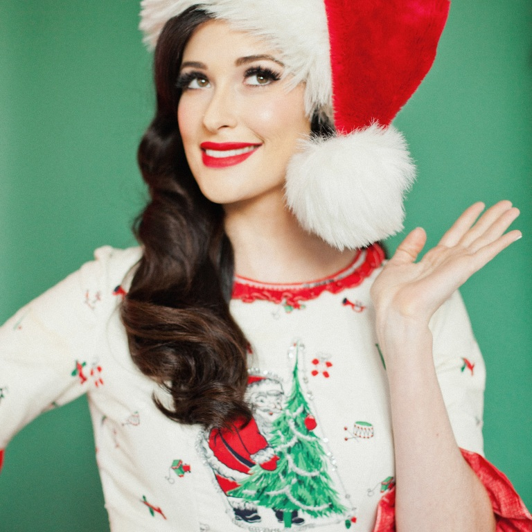 CHRISTMAS 2017: Kacey Musgraves