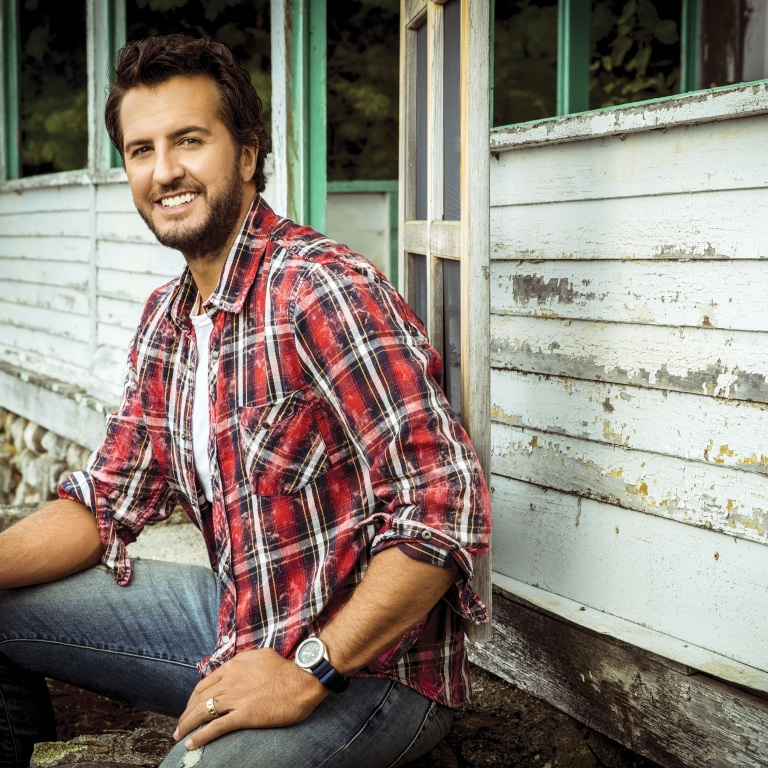 "LUKE BRYAN IS DEFINITELY A ""COUNTRY"" MAN."