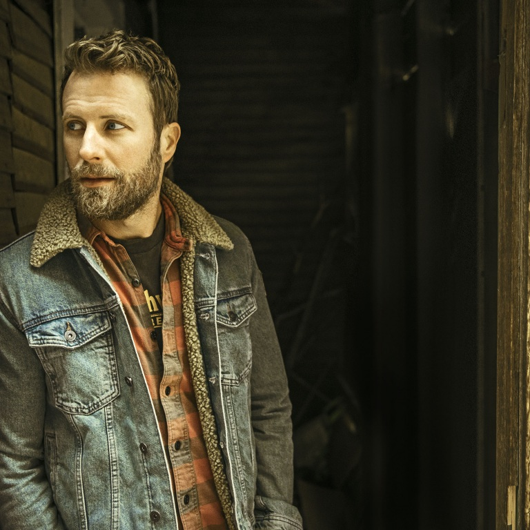 "DIERKS BENTLEY DELIVERS ON A BIG THEME AND A UNIVERSAL MESSAGE WITH THE RELEASE OF ""LIVING"" FROM HIS TOP SELLING AND CRITICALLY-ACCLAIMED ALBUM THE MOUNTAIN."